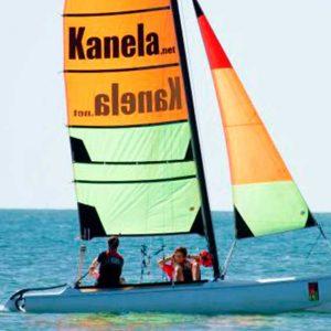Nuetros alumnos del curso de catamaran navegando