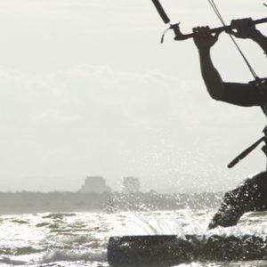 navegando en Kite Surf en Isla Canela