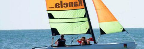 Catamaran en Isla Canela y Punta del Moral Huelva con Kanela Sailing School