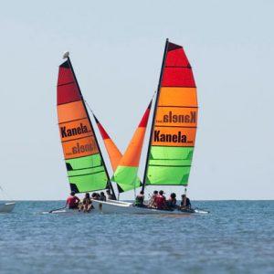 regata de catamarán en incentivo de empresa en Huelva