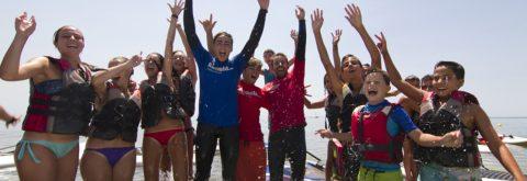 Niños Navegando en Catamarán infantil en Punta del Moral , Huelva con Kanela Sailing School
