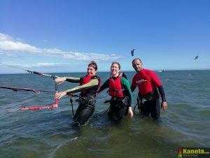 curso de kitesurf en Isla Canela kanela sailing school