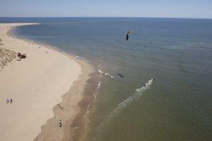 kitesurf en isla canela , huelva , españa